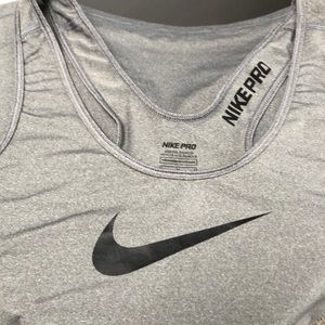 Nike Pro work out tank